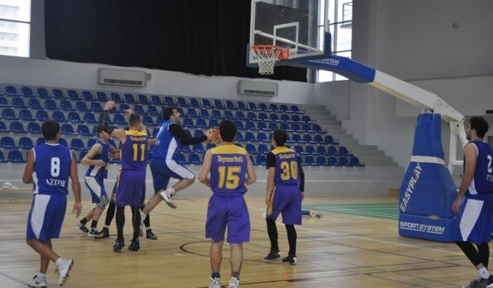 Azərbaycan çempionatında birinci dövrəyə yekun vuruldu