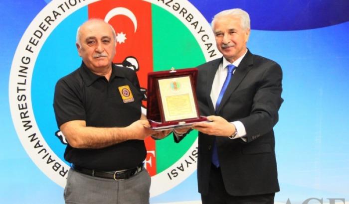 Qərib Əliyev AGF-nin Fəxri Diplomu ilə təltif edildi
