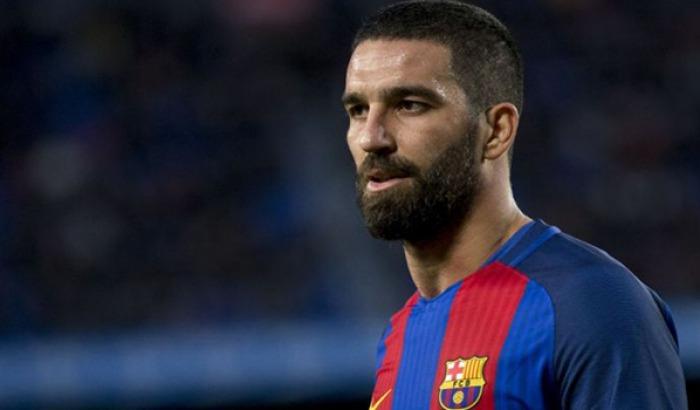 Arda Turan transferinde surpriz aciglama, Barcelona...